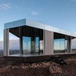 Casa de vidrio en el desierto
