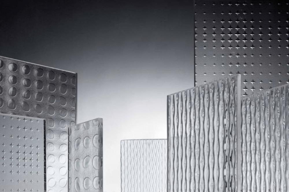 Vidrio impreso: decoración e intimidad para los cuartos de baño