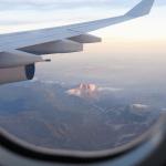 estan hechas las ventanas de los aviones